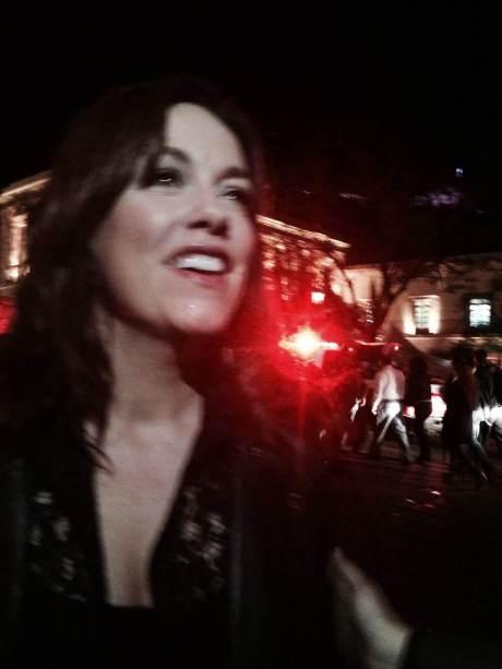 """Tania Hancheroff quien interpreta canciones de The Beatles, como """"Oh Darling"""" y de Peter Cetera y Cher como """"After all"""" y aparte como """"Next time i fall -in love-""""."""